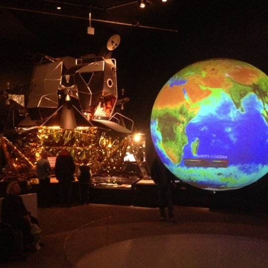 Photo taken at Science Museum by Thijs B. on 10/11/2012
