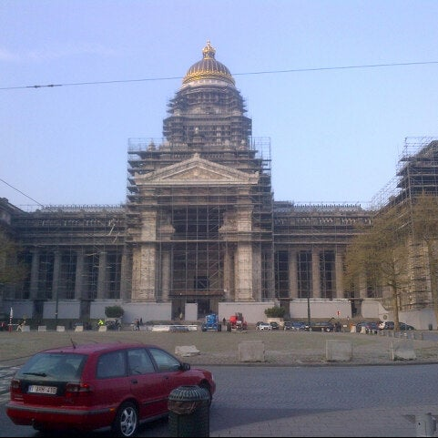Photo taken at Justitiepaleis / Palais de Justice by Xavier S. on 5/3/2013