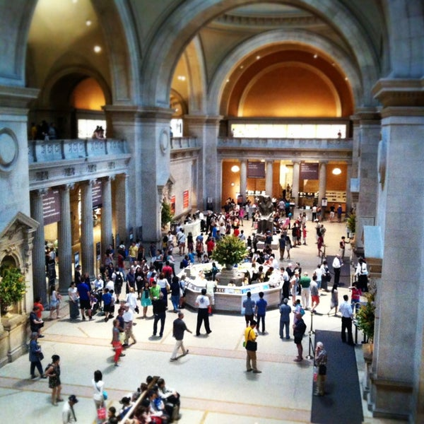 Photo taken at The Metropolitan Museum of Art by foodforfel on 7/9/2013