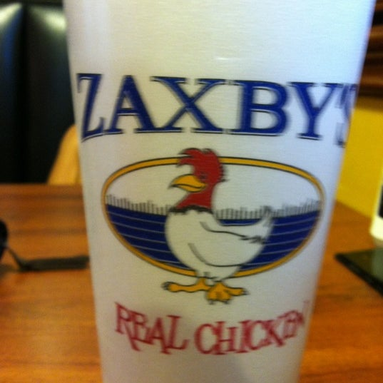 Photo taken at Zaxby's by Logan R. on 9/28/2012