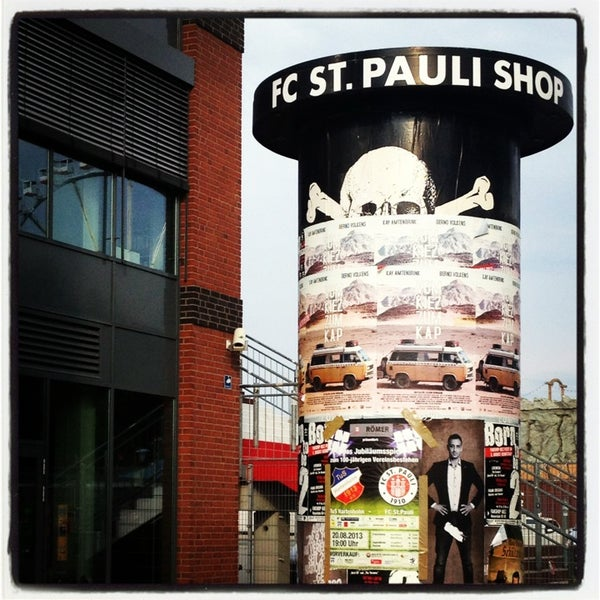 fc st pauli fanshop sporting goods shop in st pauli. Black Bedroom Furniture Sets. Home Design Ideas
