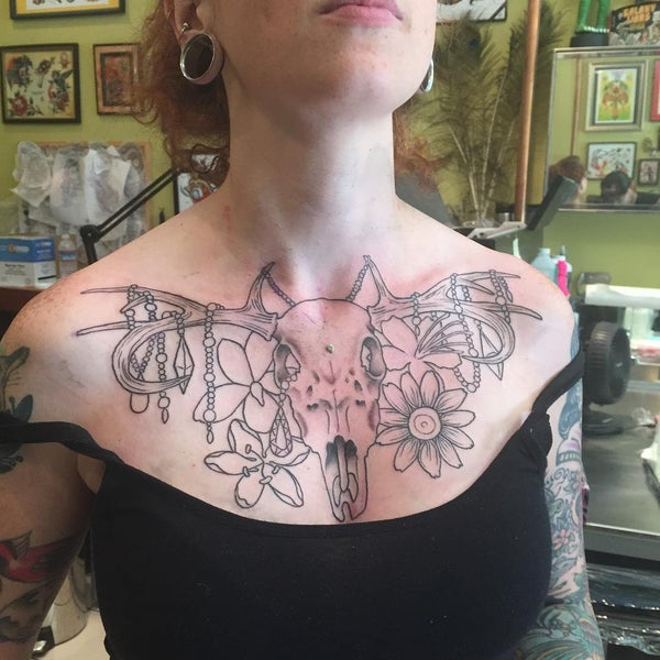 Photo taken at Let It Bleed Tattoo by Dannyboy on 7/21/2015