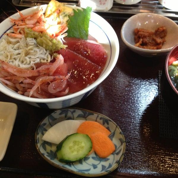 Photo taken at 食堂さくら屋 by Ryosuke K. on 12/23/2012