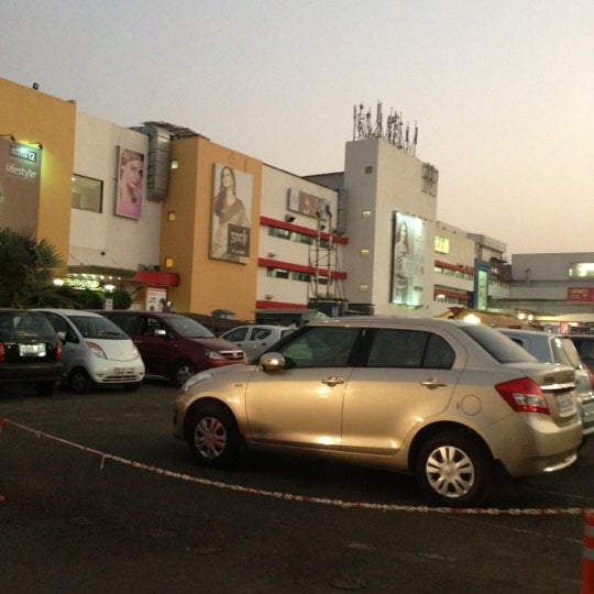 Photo taken at Inorbit Mall by Dishani on 11/21/2012