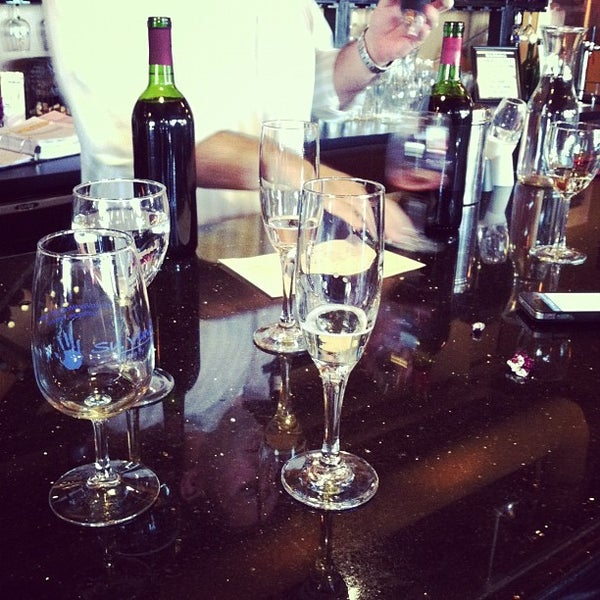 Photo taken at Su Vino Winery by Yvette Z. on 9/28/2012