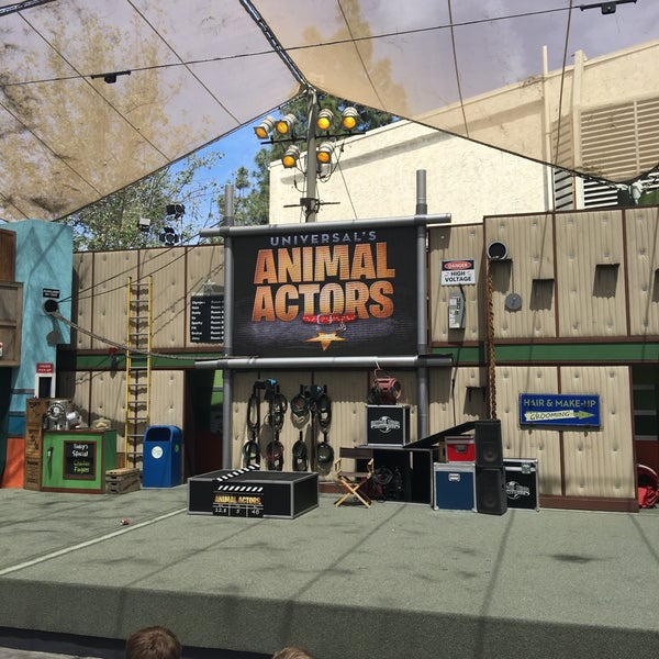 Photo taken at Universal's Animal Actors by Alexey S. on 4/21/2016