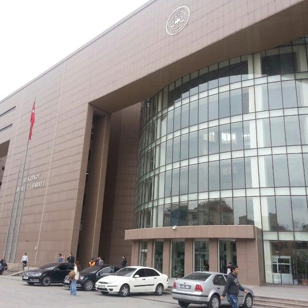 Photo taken at Bakırköy Adalet Sarayı by Hüsne D. on 3/21/2013