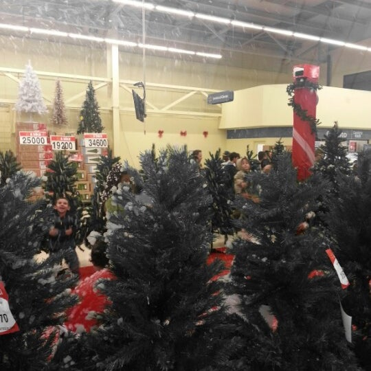 Photo taken at Walmart by Evel A. on 11/25/2012