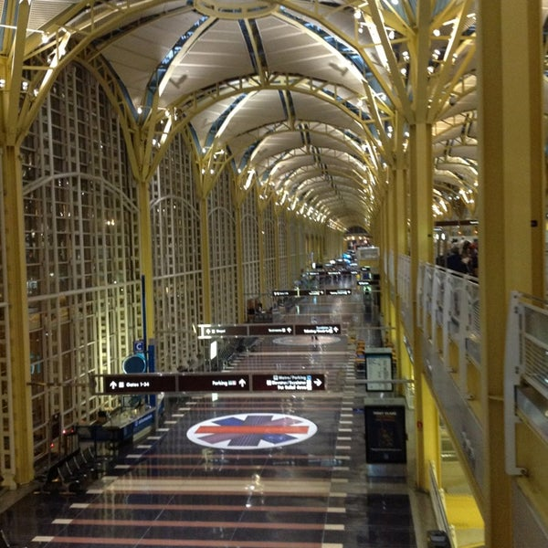 Photo taken at Ronald Reagan Washington National Airport (DCA) by Andy M. on 6/23/2013
