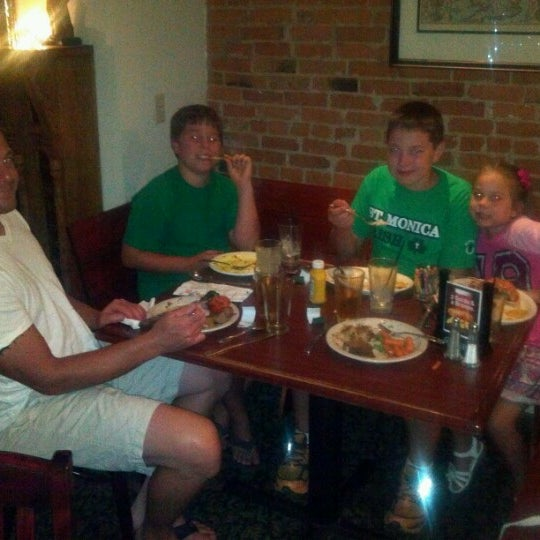 Photo taken at London Grill by Lydia H. on 8/7/2012