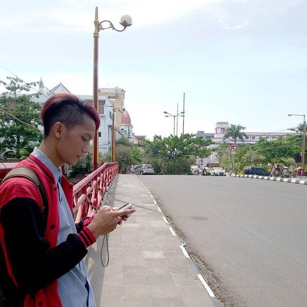 Photo taken at Pusat Grosir Jembatan Merah Plasa (JMP) by Danny A. on 11/17/2015