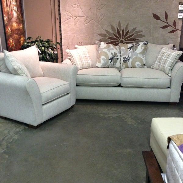 Weir 39 s furniture dallas tx for Furniture one dallas