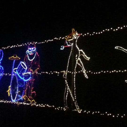 Photo taken at Starry Nights by André F. on 12/9/2012