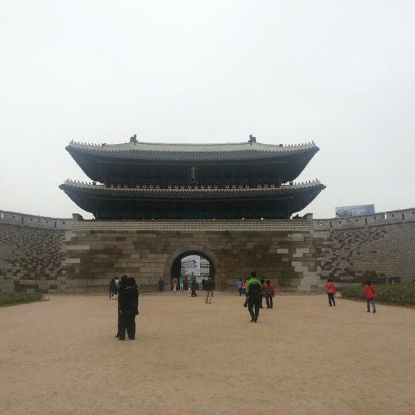 Photo taken at Sungnyemun by Steven K. on 5/10/2013