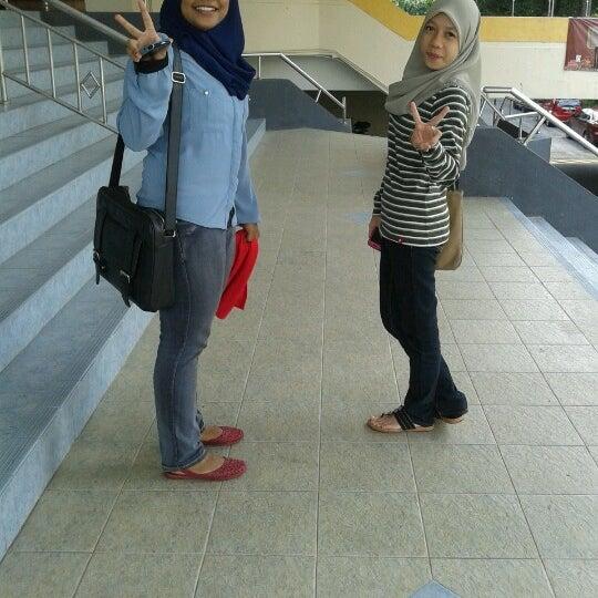 Photo taken at National Library (Perpustakaan Negara) by fzahiraa on 11/22/2012