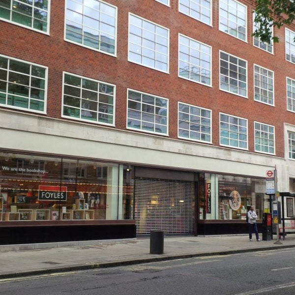 Photo taken at Foyles by Yuksel Y. on 6/23/2014