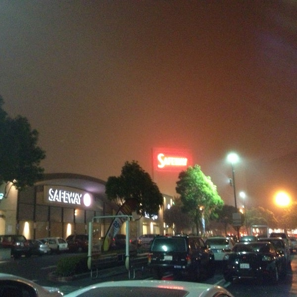 Photo taken at Safeway by Tim P. on 5/8/2013