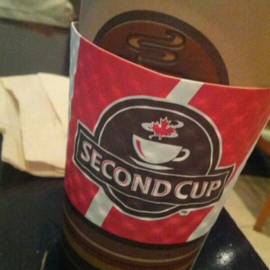 Photo taken at SECOND CUP by Ahmed A. on 11/25/2012