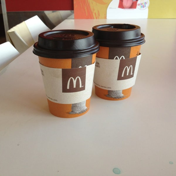 Photo taken at McDonald's by José Guilherme P. on 2/11/2013