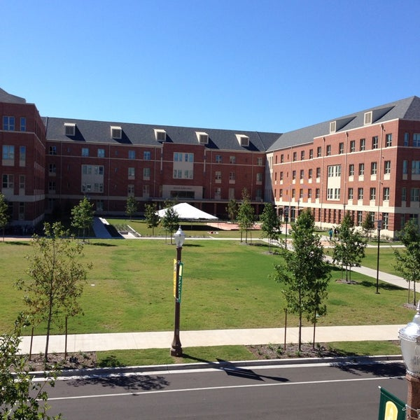 Hr Jobs In Dallas >> Hallie Earl Hall - College Residence Hall in Baylor