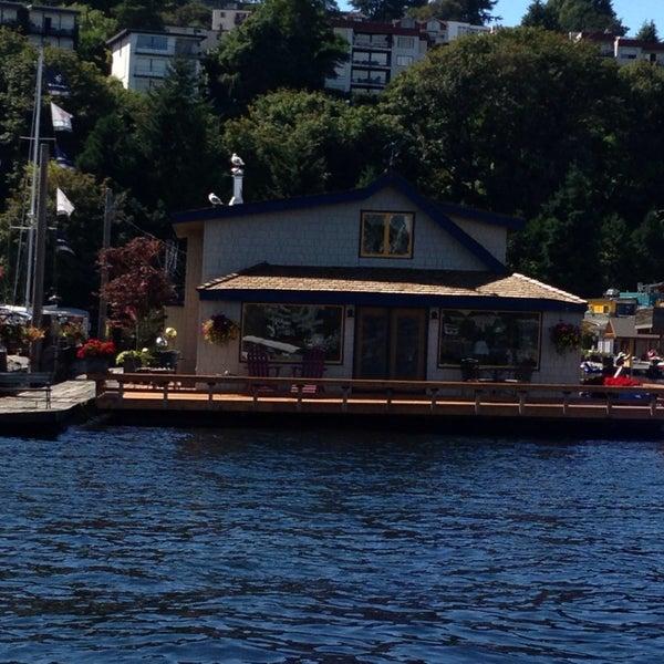 Sleepless In Seattle Boat House East Queen Anne 4 Tips