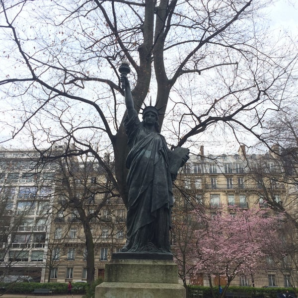 Statue de la libert od on 1 tip - Jardin du luxembourg statue de la liberte ...