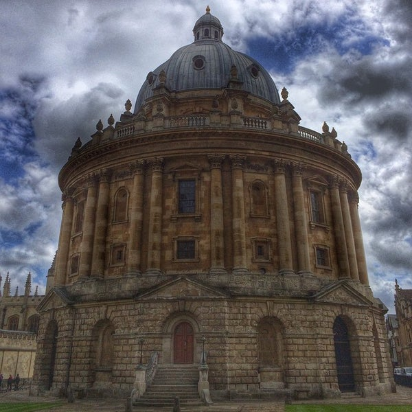Photo taken at Radcliffe Camera by Nuno G. on 5/5/2015