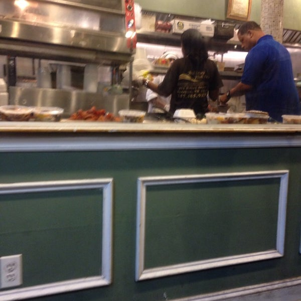 Bed stuy fish fry southern soul food restaurant in for Bed stuy fish fry brooklyn ny