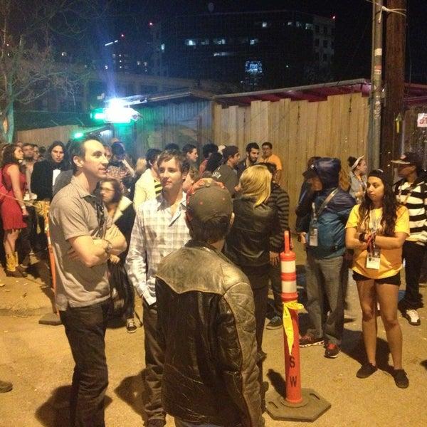Photo taken at Stubb's Bar-B-Q by Guilherme M. on 3/14/2013