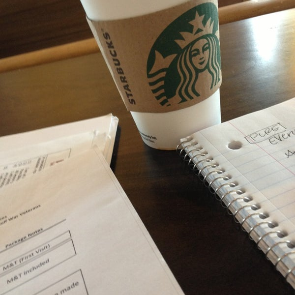 Photo taken at Starbucks by Anilyn101 on 1/4/2013