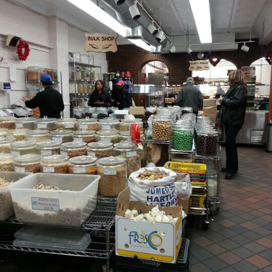 Sahadi's is a fantastic spot for grocery shopping, finding a delicious gift, locating that odd spice or baking ingredient that eludes you, grabbing a quick meal, or tasting a little bit of Beirut in NYC/5().