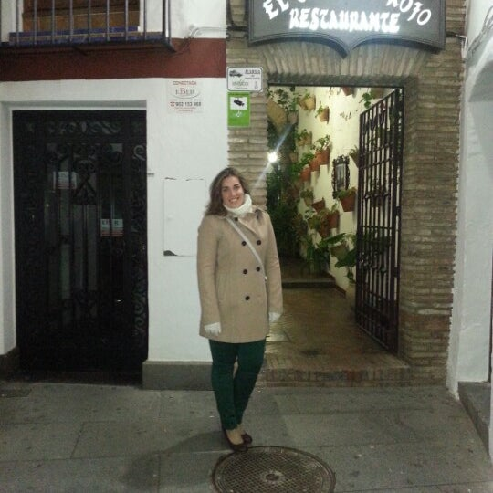 Photo taken at Restaurante El Caballo Rojo by Vanessa L. on 2/9/2013