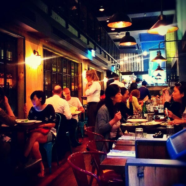 Photo taken at Jamie's Italian by Hendy O. on 11/12/2012