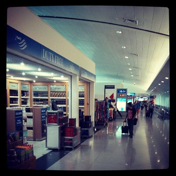 Photo taken at Tan Son Nhat International Airport (SGN) by Pasakorn P. on 5/8/2013