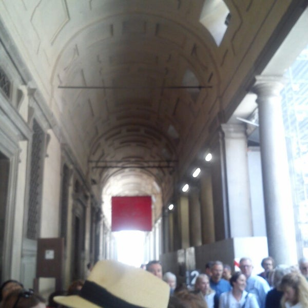 Photo taken at Galleria degli Uffizi by Sonia on 4/10/2014