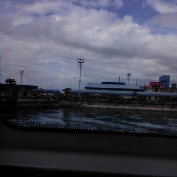 Photo taken at Tagbilaran City Bohol Port by Aileen May L. D. on 3/30/2014