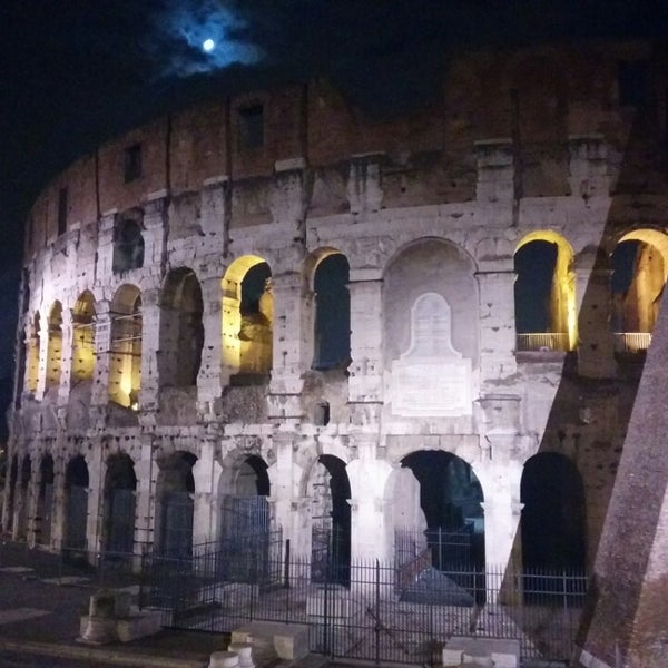 Photo taken at Piazza del Colosseo by Nadjha Magaly R. on 3/12/2014