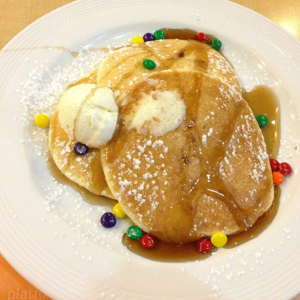 Photo taken at Pancake House by Ma. Alma O. on 3/25/2013