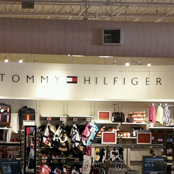 tommy hilfiger company store 2 tips from 223 visitors. Black Bedroom Furniture Sets. Home Design Ideas