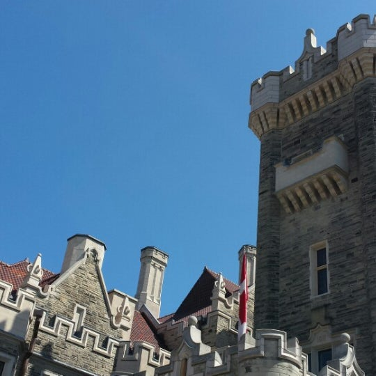Photo taken at Casa Loma by Hamilton L. on 4/19/2014