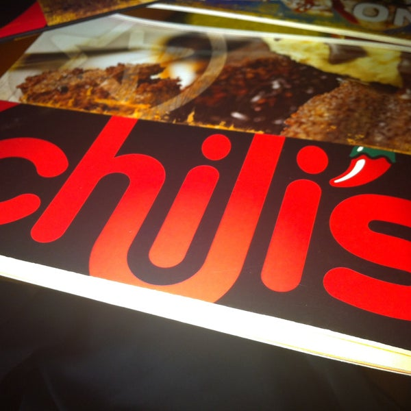 Photo taken at Chili's by NOODY B. on 4/17/2013