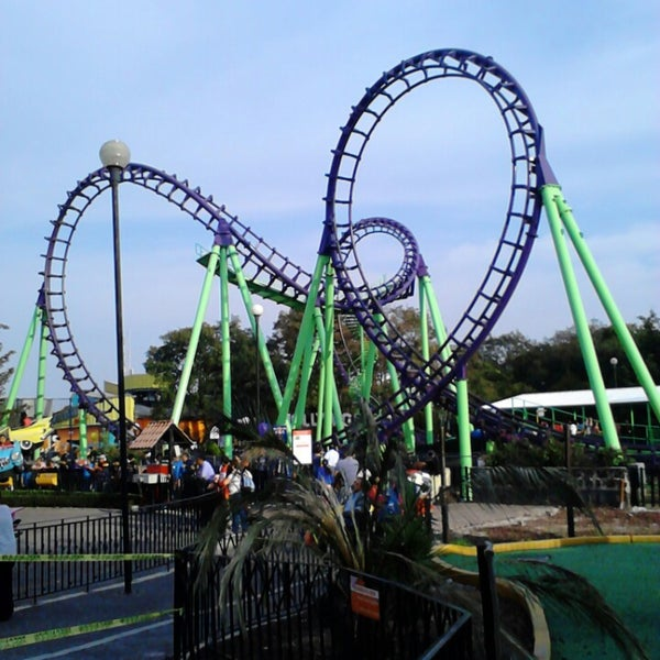 Photo taken at Six Flags by Ese Koersitho P. on 3/1/2013
