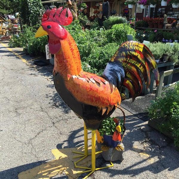 Photo taken at Auntie El's Farm Market by Gabriel H. on 8/15/2015