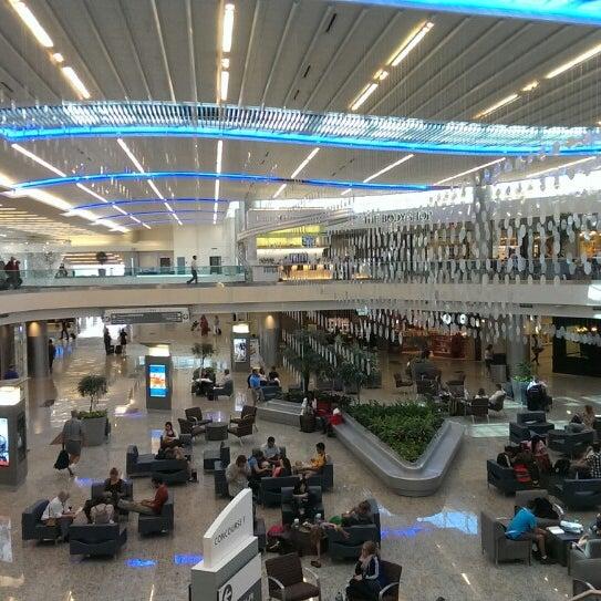 Photo taken at Hartsfield-Jackson Atlanta International Airport (ATL) by Ulrik ✈. on 7/16/2013