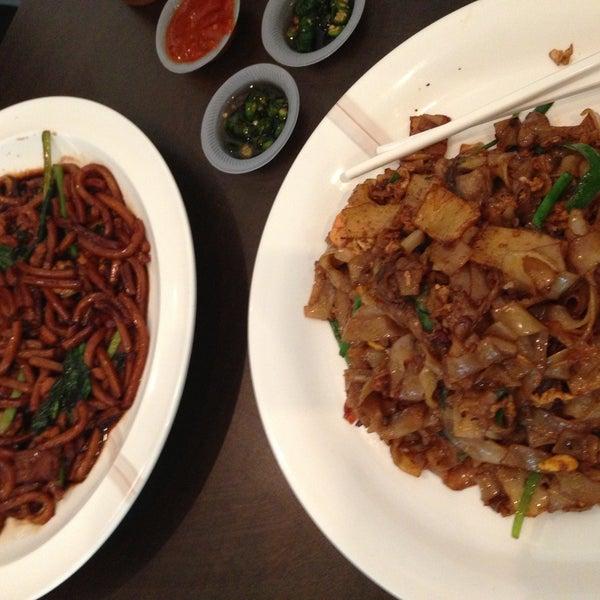 Photo taken at Chow Food Court by bibi h. on 5/14/2013