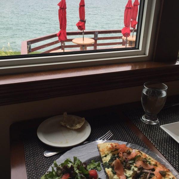 Photo taken at Lake House Restaurant by Jennifer M. on 10/5/2015
