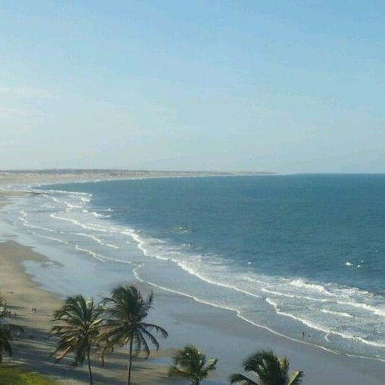 Photo taken at Lagoinha Kite Point by Nilton P. on 1/2/2012