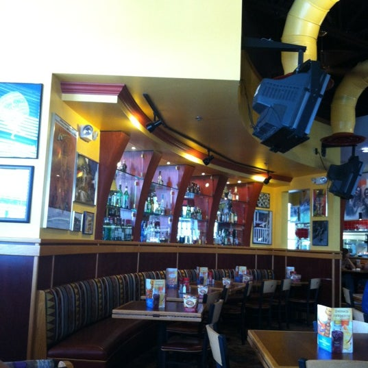 Photo taken at Red Robin Gourmet Burgers by Brittany S. on 6/9/2012