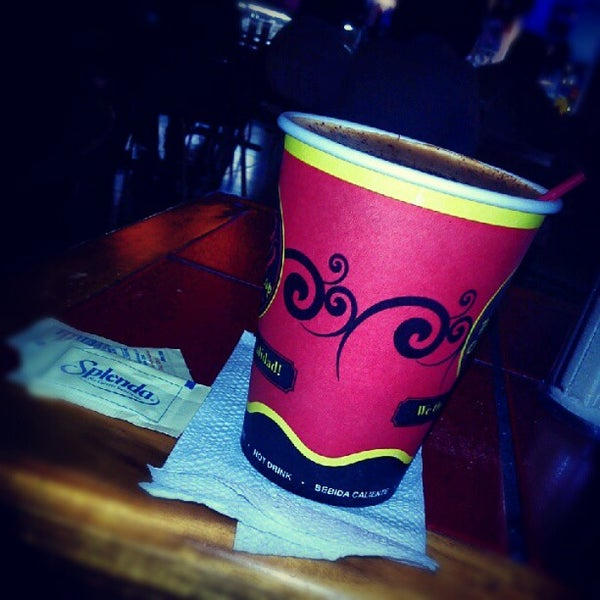 Photo taken at The Coffee Cup by Gerson Osuel M. on 9/12/2012
