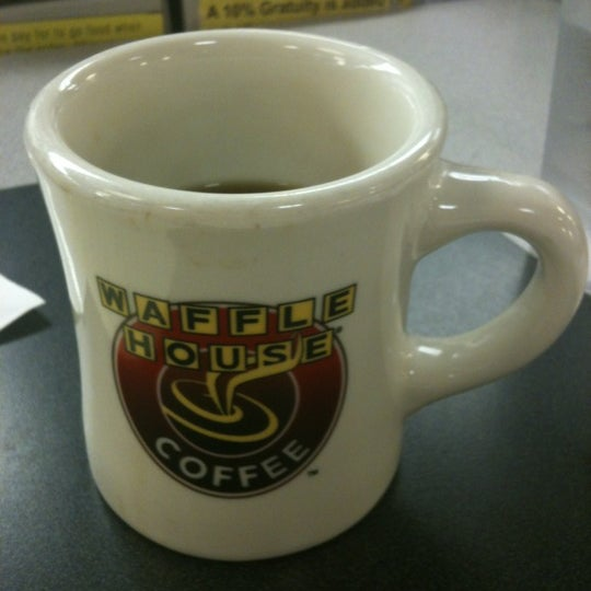Photo taken at Waffle House by Danny K. on 8/17/2012